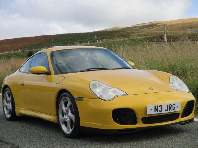 Porsche 911 Carrera 4S Turbo